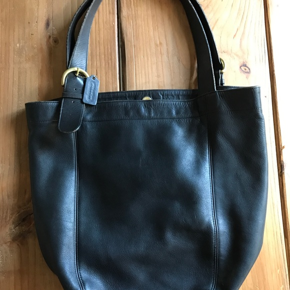 ad16fa02f5ca ... buy authentic black coach bucket bag fd16a 42583